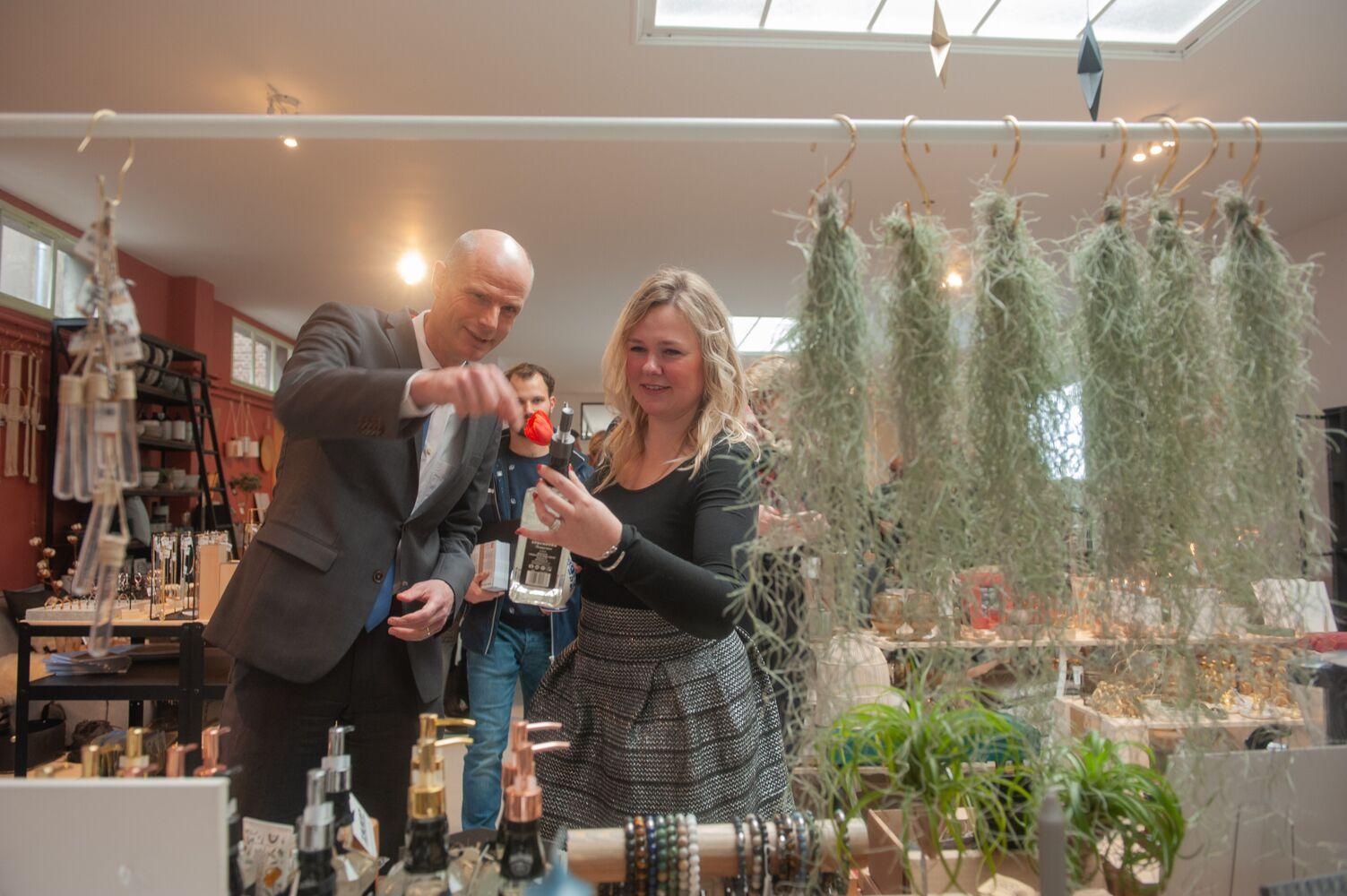 """Minister Stef Blok: """"Apeldoorn kan trots zijn op haar Doeners!"""""""